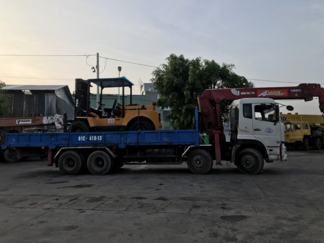 dịch vụ vận chuyển nhà xưởng bằng xe cẩu